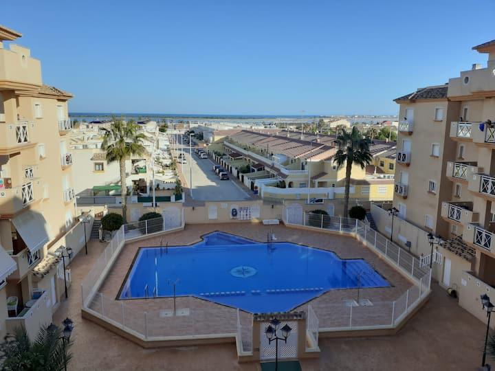 Cómodo apartamento familiar en Lo Pagan, Murcia