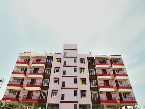 OYO - Discounted Home! Valley-View 2BHK Near Pondicherry Airport