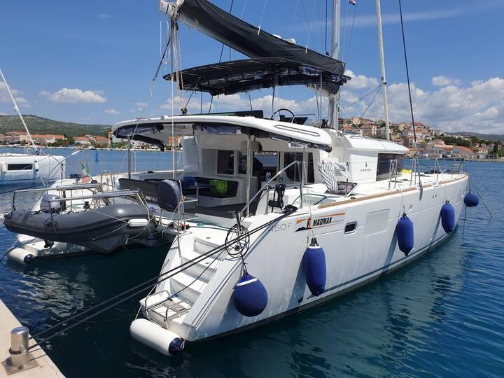 Catamarano CROAZIA Dalmazia - mare sole e relax