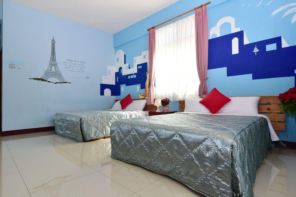 302房型 蔚藍天空 寬敞舒適明亮