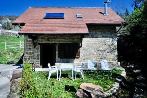 Casa rural con encanto junto a la Selva de Irati
