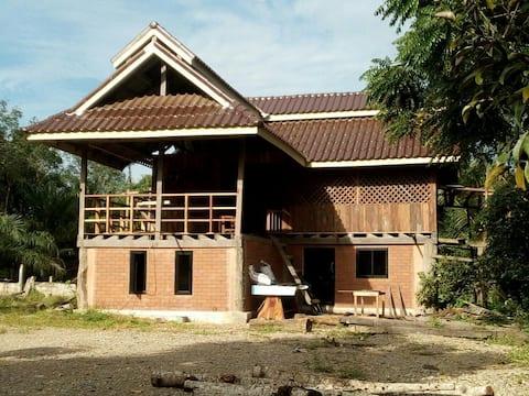 บ้านคีรีวี่BaanKiriwiHomestay