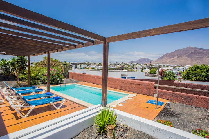 Villa 2bedroom and pool, Lanzarote