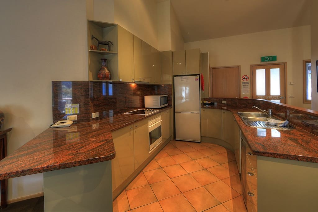Full kitchen with all appliances and cookware
