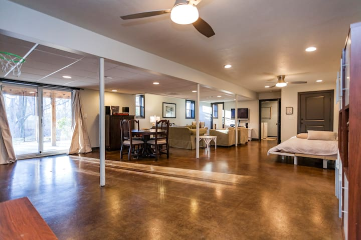 Modern Private Ground Floor Suite - Nashville - Hus