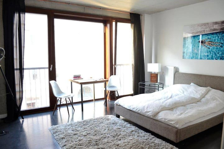Loft in Mitte with rooftop pool and terrace