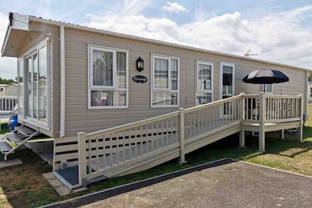 Oaklands Caravans: Cambridge