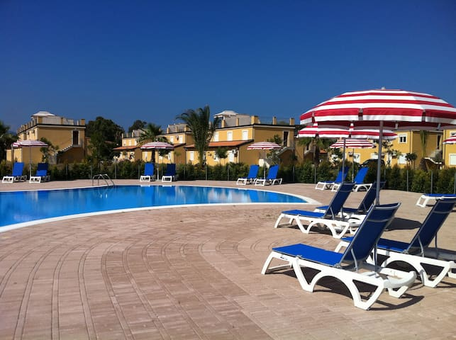Pizzo Beach Club Apartment