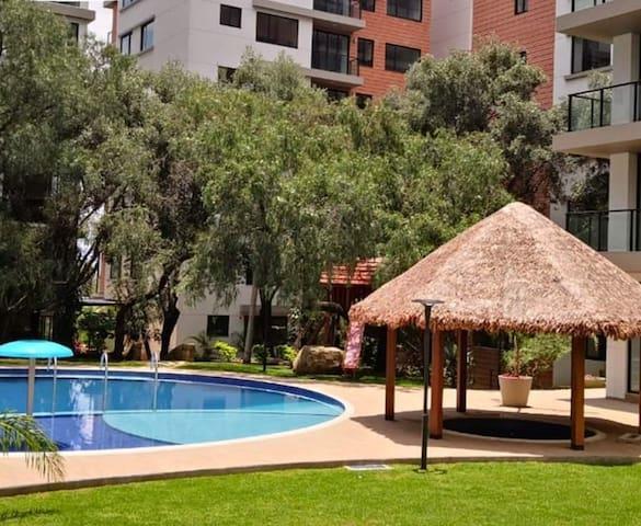Apartamento moderno con piscina y gimnasio