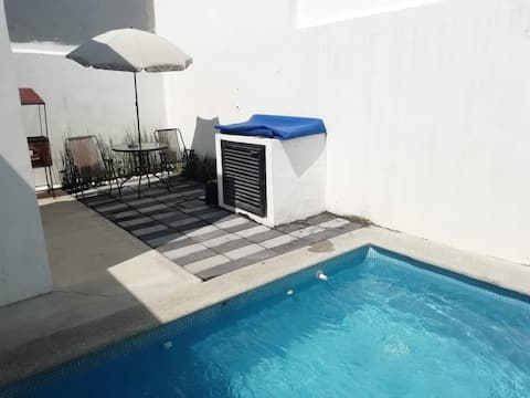 Casa Lagunas COLIMA MEXICO ideal AIRBNB (Pool)