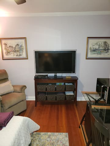Big flat screen TV with full cable service including premium channels. We also include microwave and minifridge stocked with cold water
