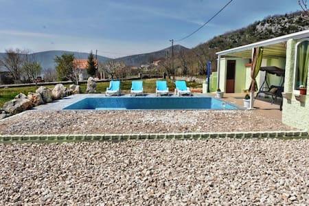 Dalmatian villa Iva - Dicmo - Villa