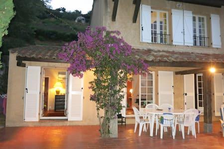 Maison dans Golfe de Saint Tropez vue mer - Sainte-Maxime