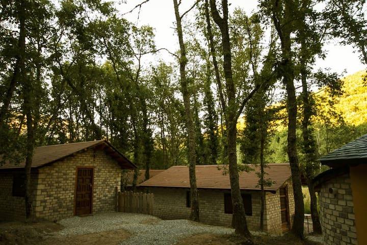 Casas rurales, cabañas, en el Bierzo (León)