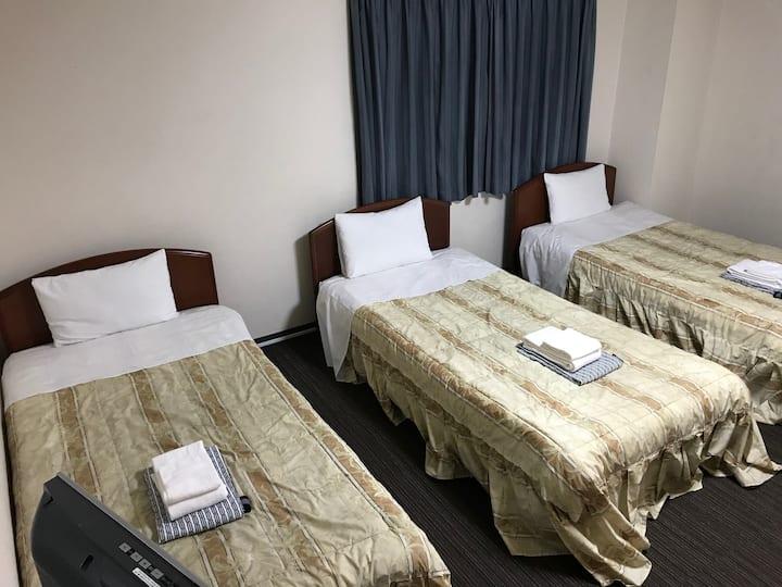 301(3):Osaka Umeda center!Guesthouse price!Hotel!