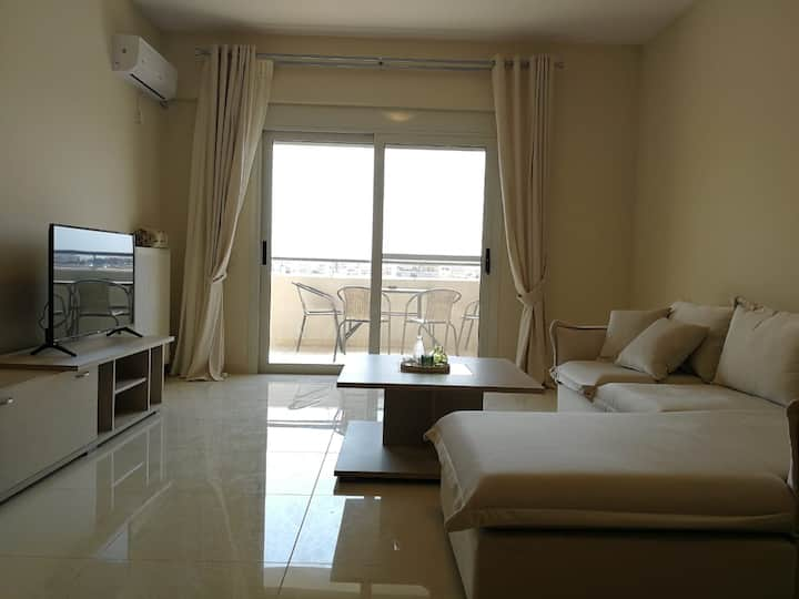 [Bonni]-Sunny penthouse,close to Pireaus&Parking !