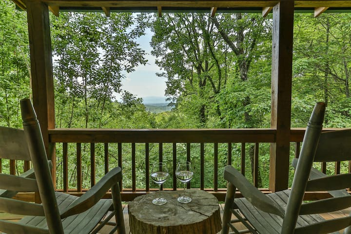 Long range mountain views are perfect from the porch