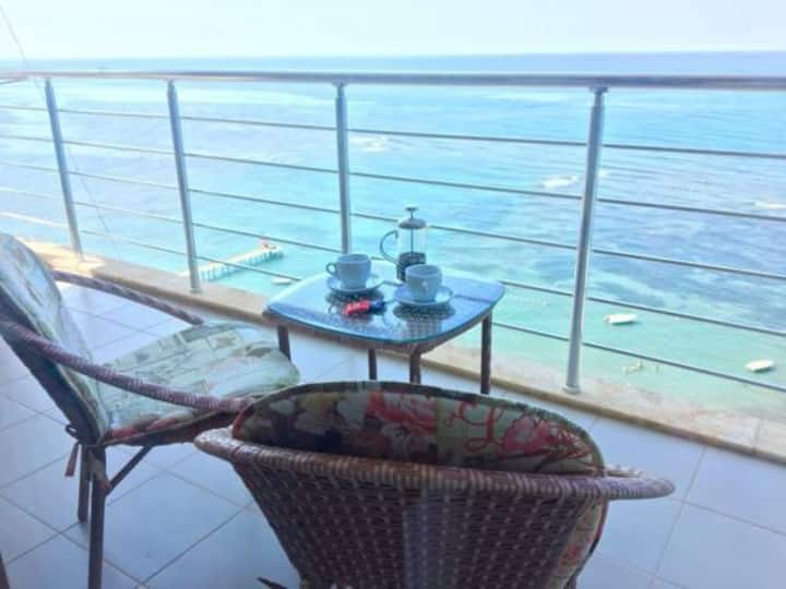 Wonderful sea-view apartment