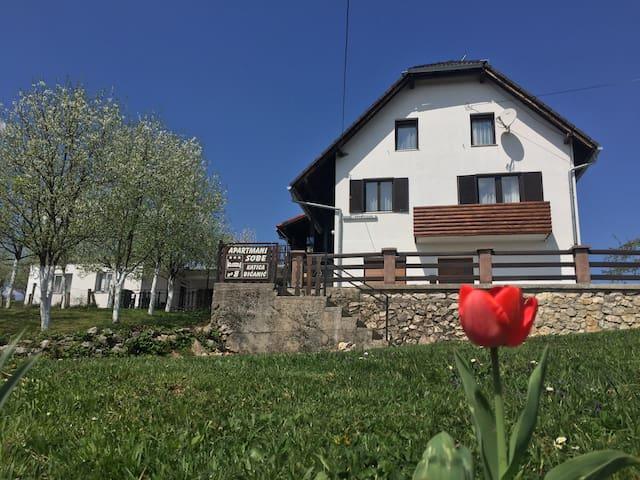 House Katica Plitvice lakes  - Plitvička Jezera - House