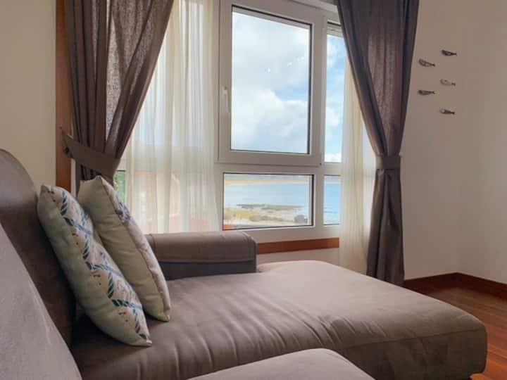 Apartamento con vistas en primera línea de playa