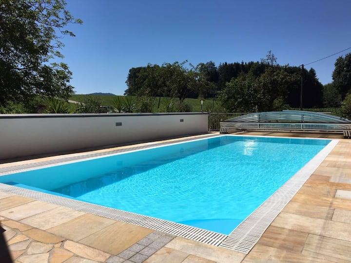 Terrassenzimmer mit direktem Zugang zum Pool