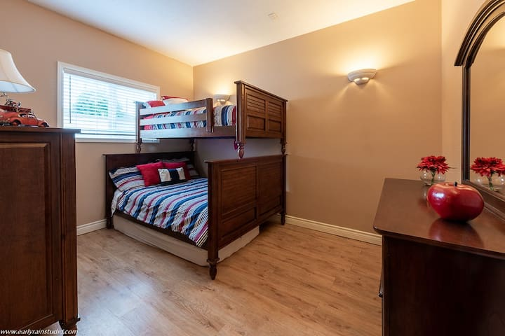 Bunk room with single over double