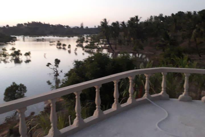 Majaoni Little Paradise