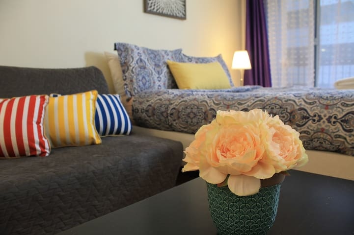 5 Stars Hotels' Glory Home Comfort DT Montreal