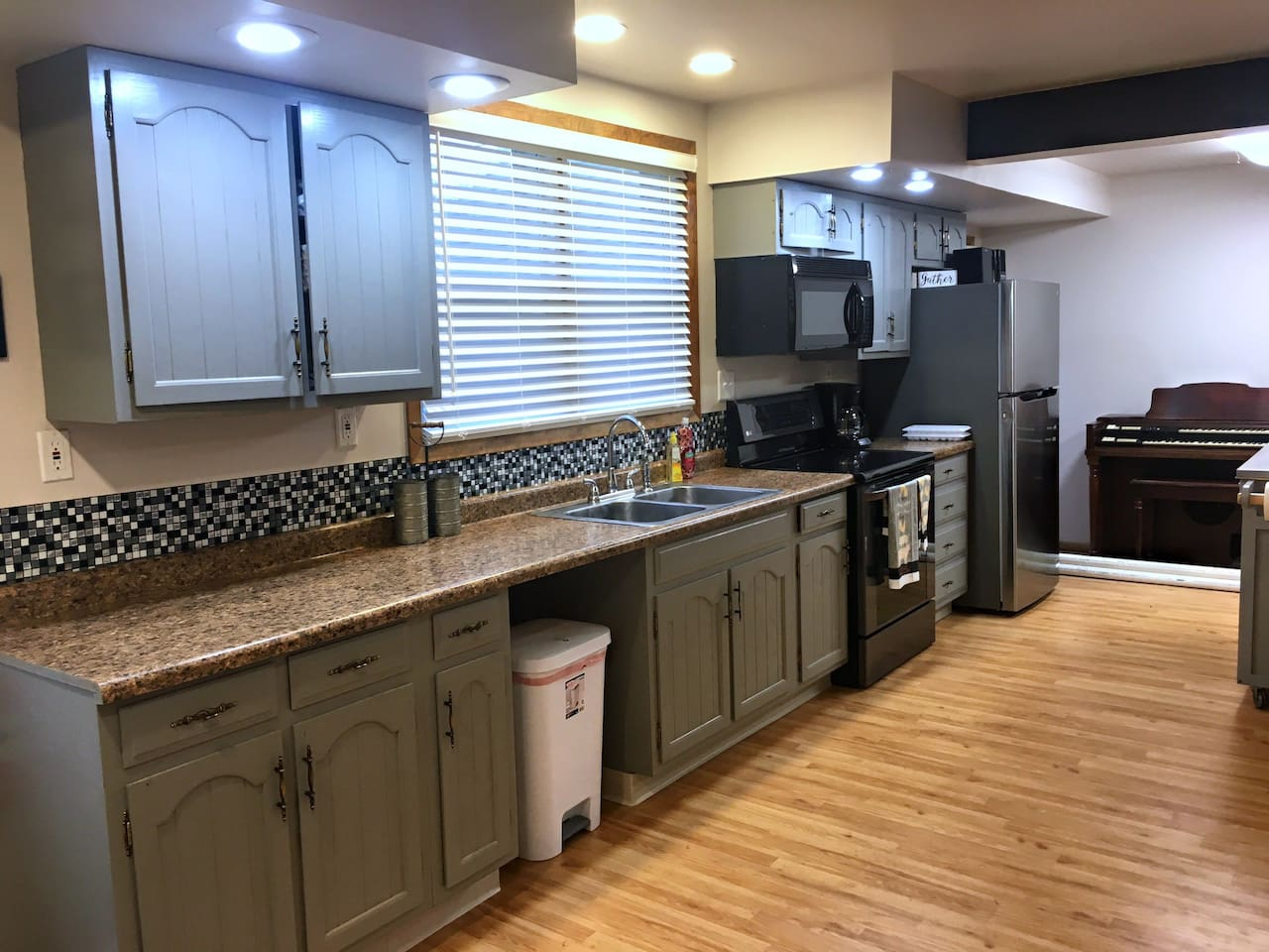 Great open plan Kitchen with all the amenities.