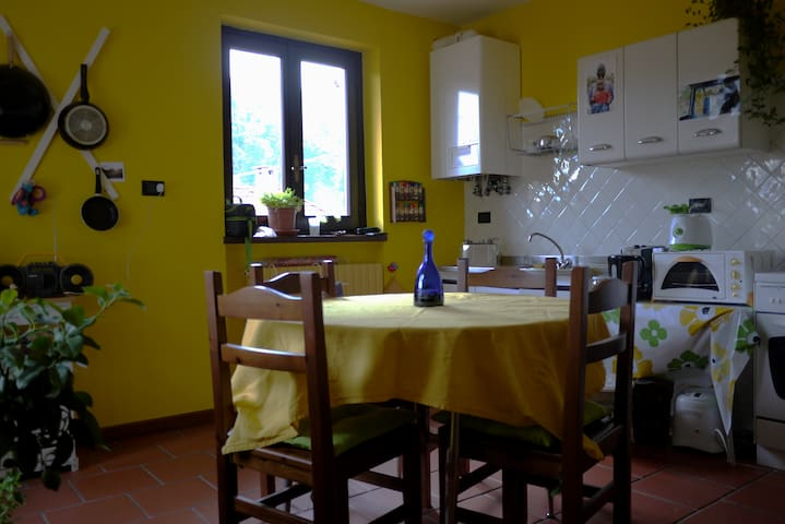 Room at the gateway of Valle Stura - Borgo San Dalmazzo - Talo