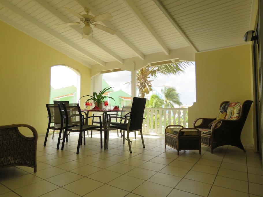 Enjoy the trade winds while dining in the large screened in patio.