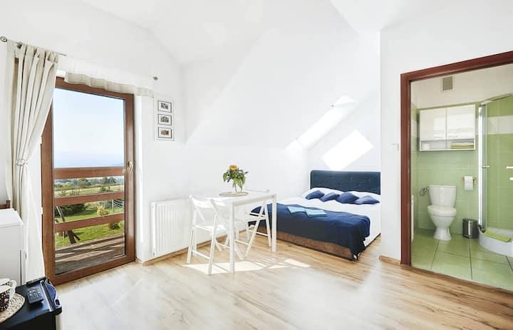 Pokój 3-osobowy z balkonem i widokiem na Śnieżkę