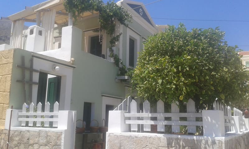 Symi House - Beautiful view - Ano Symi - Rumah