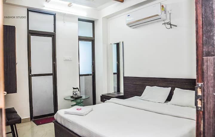 We will happy to give you luxurious stay