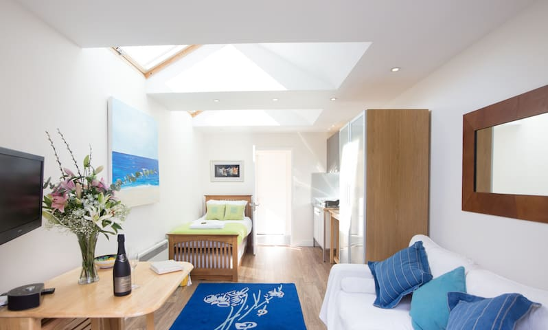 Sunny Studio with Parking in Oxford - Oxford - Apartamento