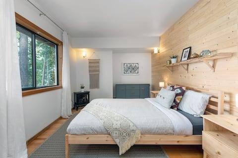 The Sanctuary: Forest Suite
