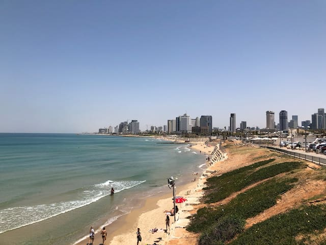 The Beach only 5 Min away