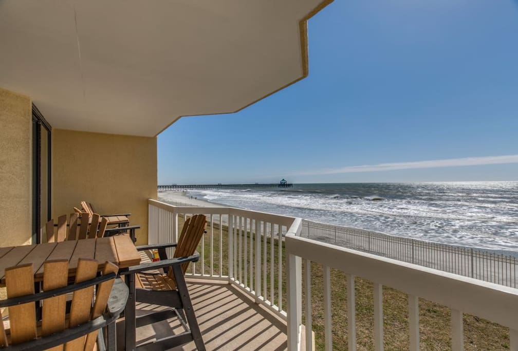 enjoy the ocean breeze & views from this condo