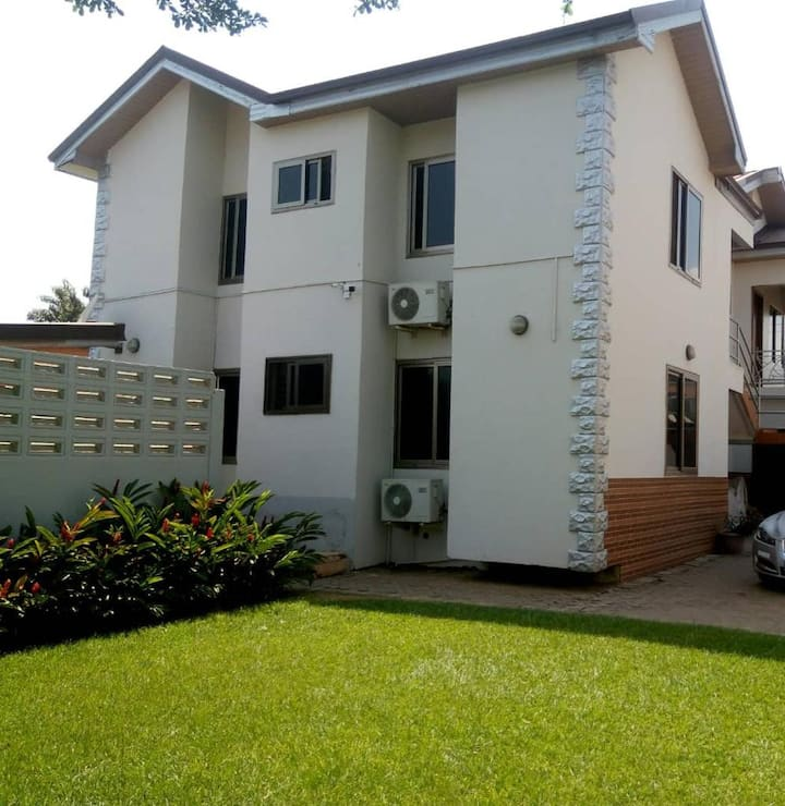 Two bedroom Apt in East Airport (Near Palace Mall)