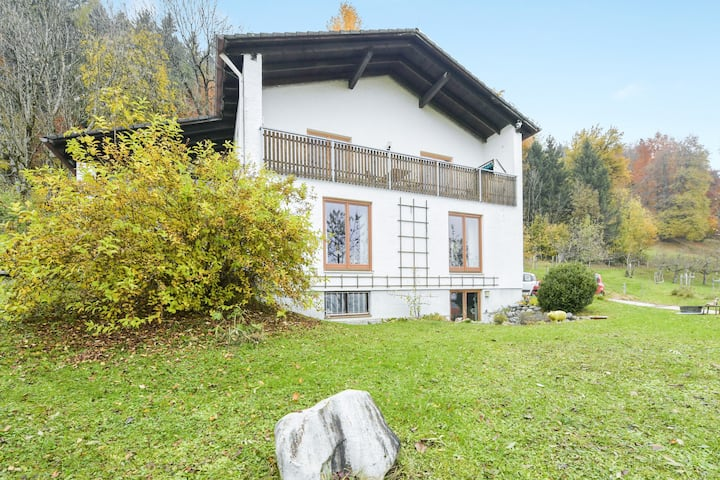 "Charming Holiday Apartment ""Ferienwohnung Keul"" with Mountain View, Wi-Fi and Balcony; Parking Available"