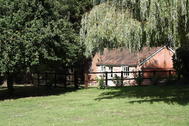 Wheeler Cottage - The Rectory Lacock