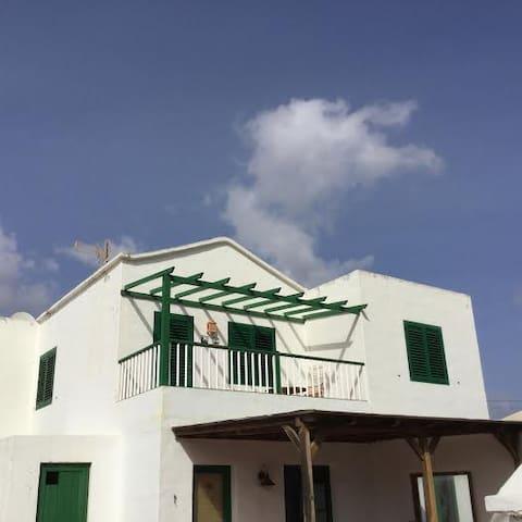 bonito apartamento en Yaiza - Yaiza - Flat