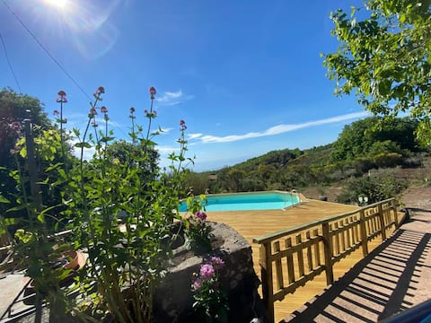 • Sicily pool house~Charming Chalet with pool •