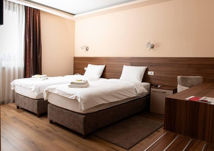 Enjoy in Novi Sad ♛ Hotel Garden ♛ WiFi✔ Parking✔
