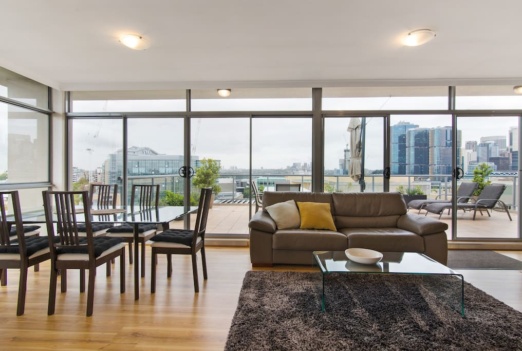 The Penthouse Darling Harbour - Apartments for Rent in ...