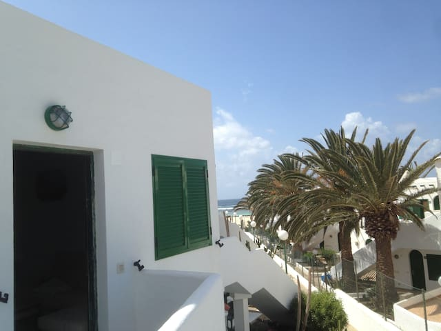Bonito apartamento en la playa de Los Lagos - El Cotillo