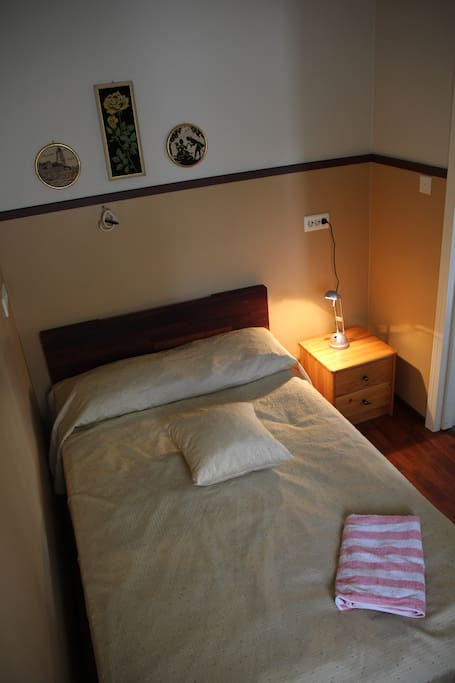 The bedroom with 120 cm wide bed.