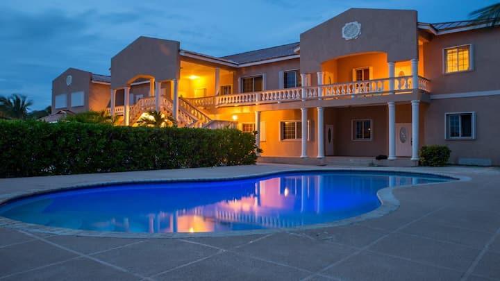 Princess Villas Grace Bay