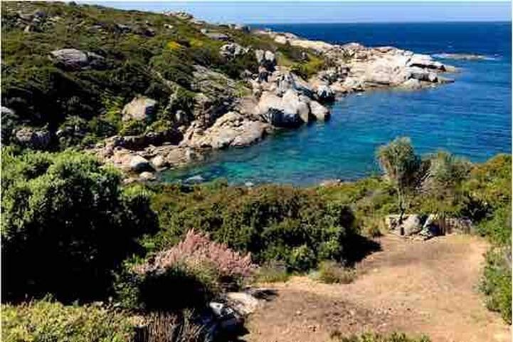 Villa Lumio/Marina pieds dans l'eau, calme, plage