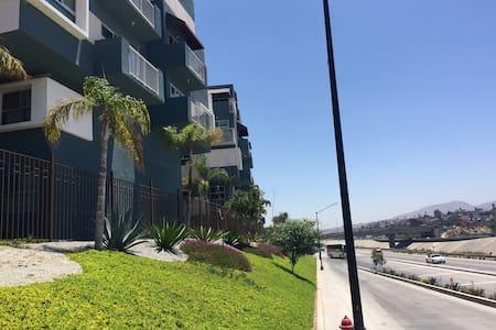 El lugar de Elvira, depto nuevo y bien ubicado - Tijuana - Apartment